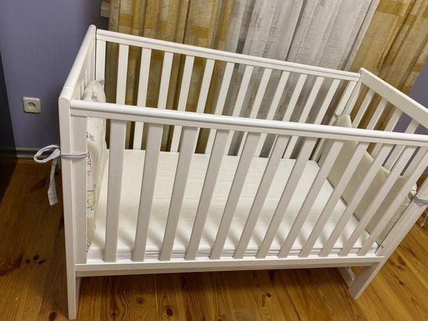 Детская кровать и матрас