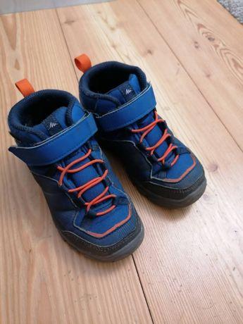 Buty trekkingowe dla dzieci Quechua MH120 MID z Decathlonu r.28