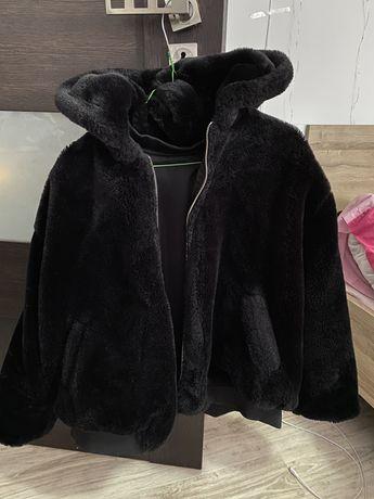czarne futerko dwu stronne grube z zary L/XL
