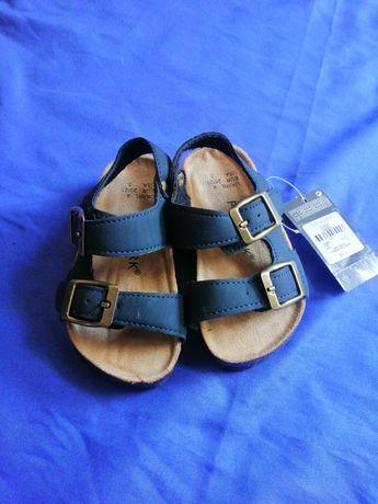 Sandałki Primark