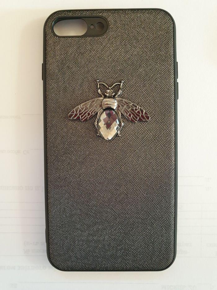 Чехол на iPhone 8+ Лески - изображение 1