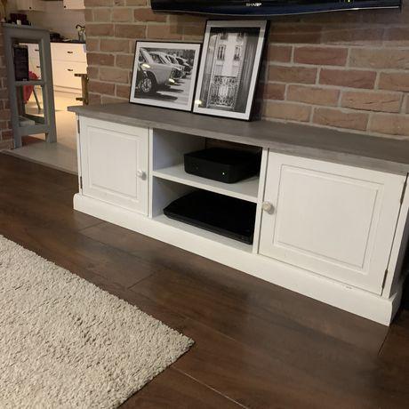 Drewniana szafka RTV, komoda biała, prowansalska
