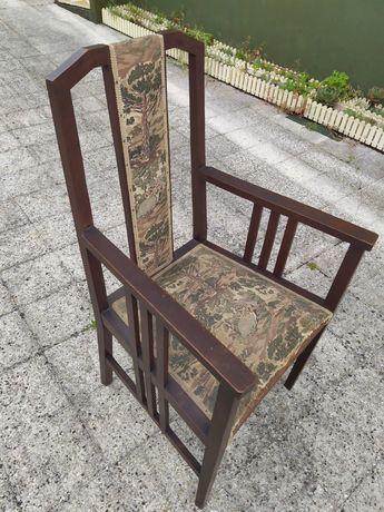 cadeira vintage (madeira e tecido)