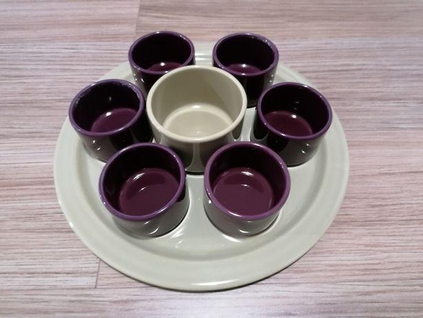 Prato e taças para aperitivos Secla