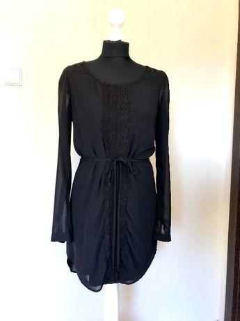 Czarna, elegancka sukienka Vila, rozmiar S