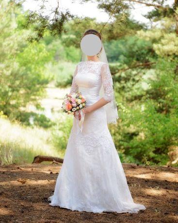 Продам свадебное платье кружевное
