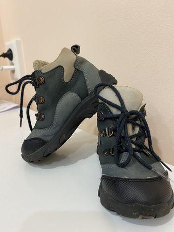Демисезонные ботинки 24 розмер 15 см