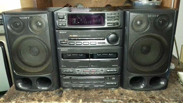 Aparelho Sony com cd dek de cassetes e radio e colunas