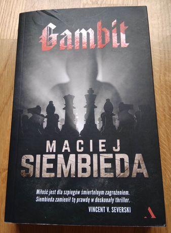 """Maciej Siembieda """"Gambit"""" używana, raz czytana"""