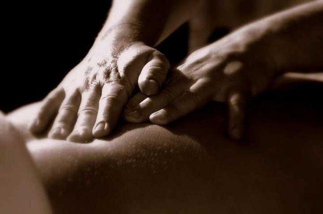 Massagista masculino relaxamento