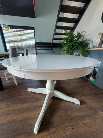 okrągły biały stół ikea + krzesła