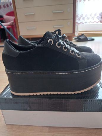 Buty na platformie tenisówki creepersy damskie czarne jak nowe 39