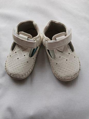 Туфельки туфли туфлі / босоножки/ пинетки універсальні 17роз.