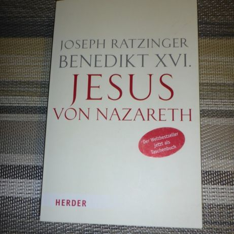 Книга на немецком. Jesus von Nazareth