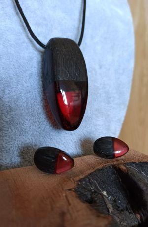 Komplet biżuterii-wisiorek i kolczyki- rękodzieło