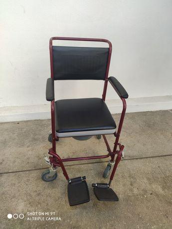 Cadeira Sanitária + Andarilho