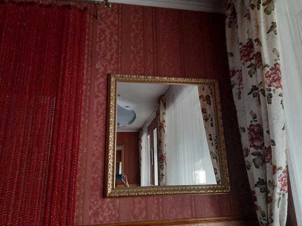 Продам комплект зеркал в деревянном багете.