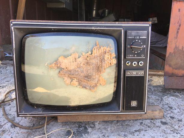 Телевизор  Рассвет 307 1981г новый