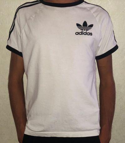 Оригинальная Футболка Adidas с лампасами