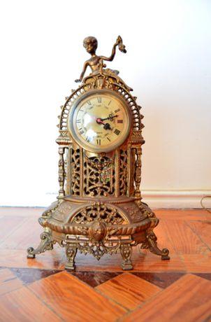 Relógio de latão (Vintage)