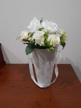 Promocja Flowerbox na ślub, urodziny, imieniny stroik na prezent