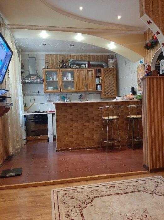 Продам 3 кімнатну квартиру Каменец-Подольский - изображение 1