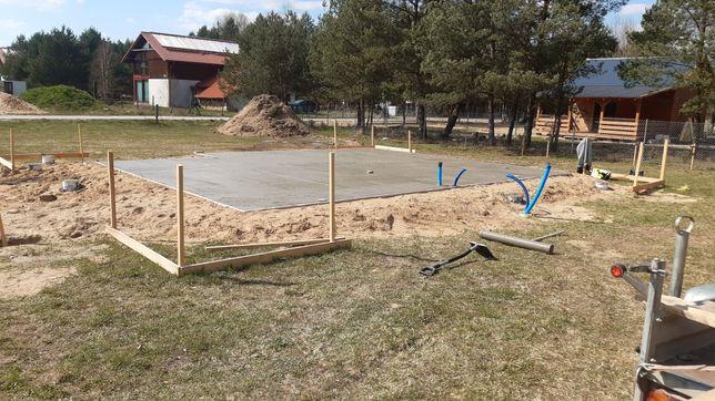 Budowa płyt fundamentowych, fundamentów punktowych pod domy drewniane