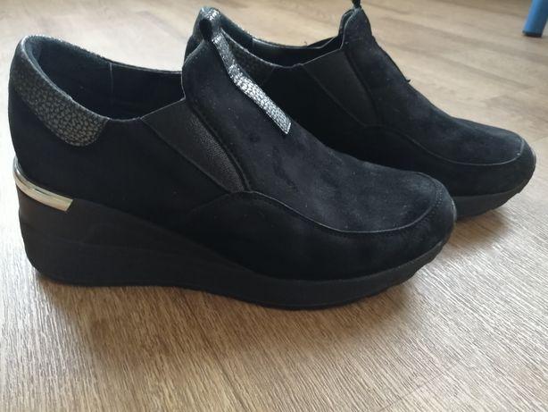 Продам полуботинки, ботинки, туфли, натуральная замша р. 38