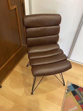 Cadeira area store