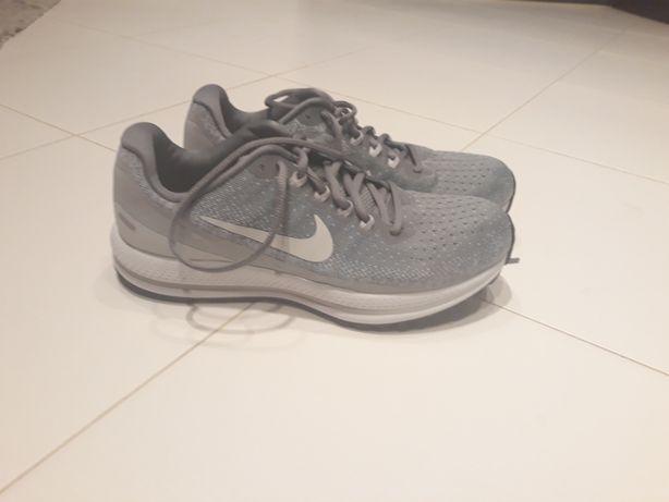 Nike Air Zoom Vomero 13 W Szare /