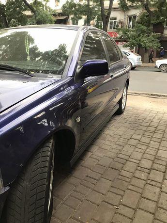 Машина Volvo s40