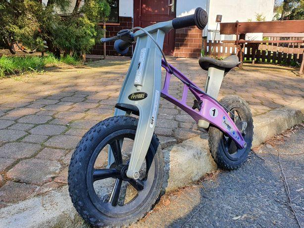 First Bike - lekki i bezpieczny rowerek biegowy - kask gratis
