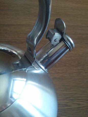 Чайник 2.5 литра новый со свистком, нержавеющая сталь БЕЗ ПЛАСТМАССЫ