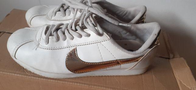 Buty Nike 37, 23 cm