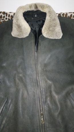 Мужская кожаная куртка , б/у.