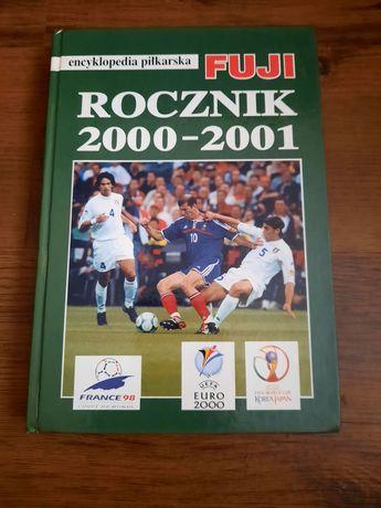 Encyklopedia  piłkarska Fuji 200- 2001