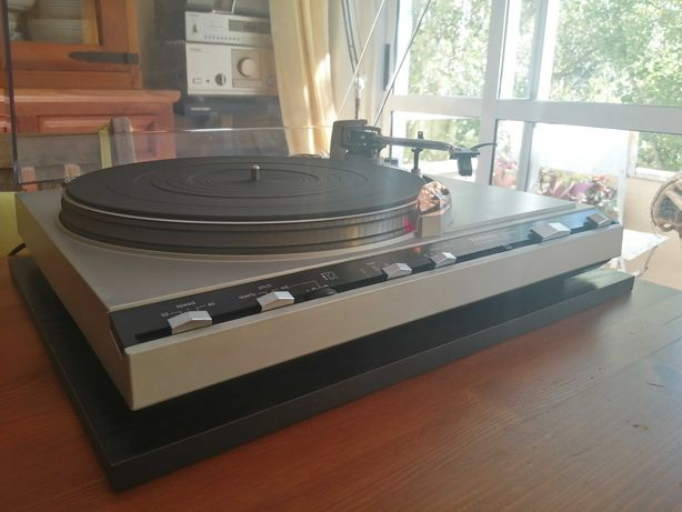 Technics SL-5300 MK I Quartz Direct Drive Gira Discos Vintage