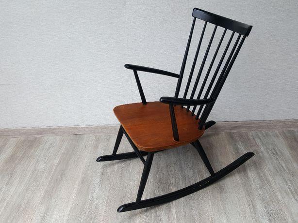 fotel bujany drewniany vintage drewno