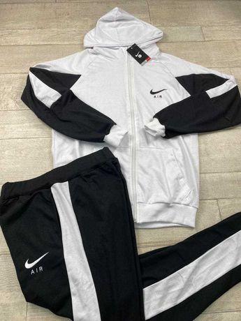Nike fato de treino bordado