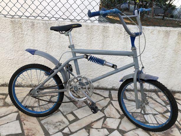 BMX Antiga - Restaurada