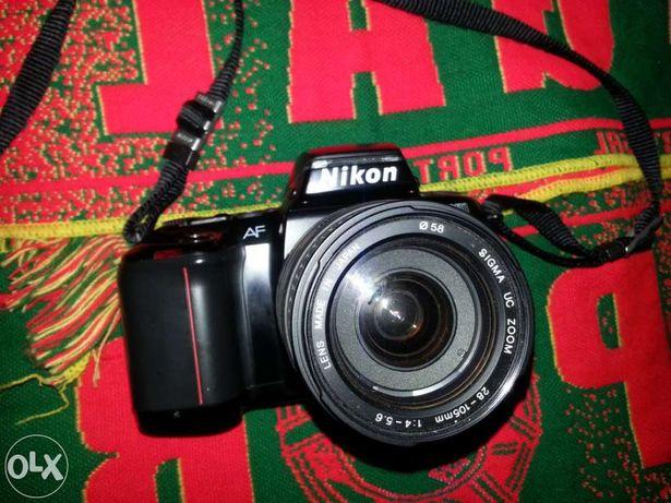 Nikon maquina analógica vendo ou troco
