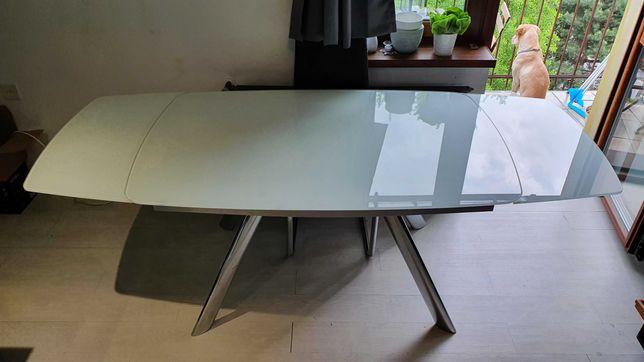 Duży stół szklany rozkładany oraz krzesła (Agata meble)