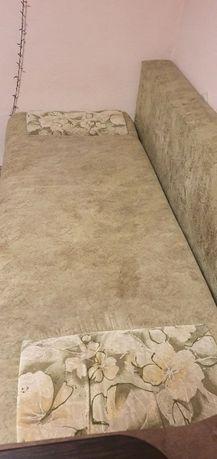 Раскладной диван. 1700 грн