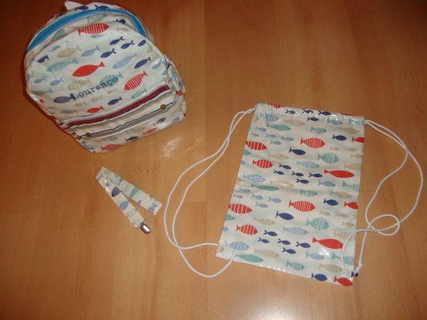 Mochila com suporte de chucha e bolsa (Novo)