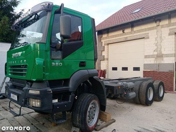 Iveco Trakker  Iveco Trakker 6x6 rama pod zabudowę