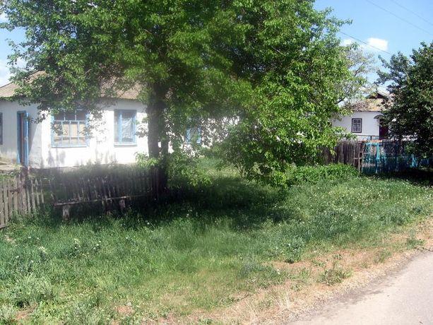Продам половину дома в с. Широкое Веселовского Запорожской