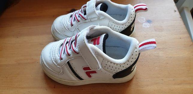 Buty sportowe chłopięce Fila rozm 21