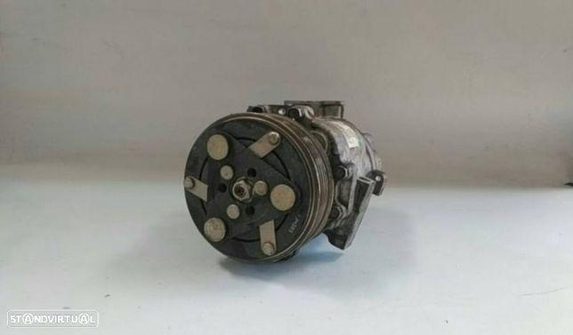 Compressor Do Ar Condicionado / Ac Fiat Fiorino Caixa/Combi (225_)