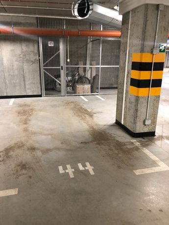 Miejsce parkingowe w hali garażowej harmonia oliwska