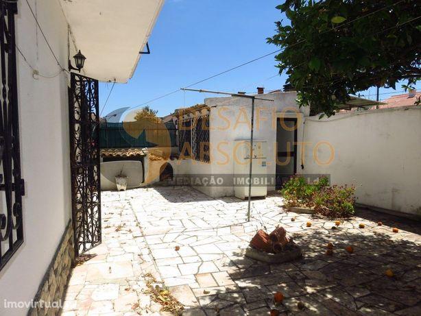 Moradia Bi-Familiar T3 com Garagem - Quinta do Conde